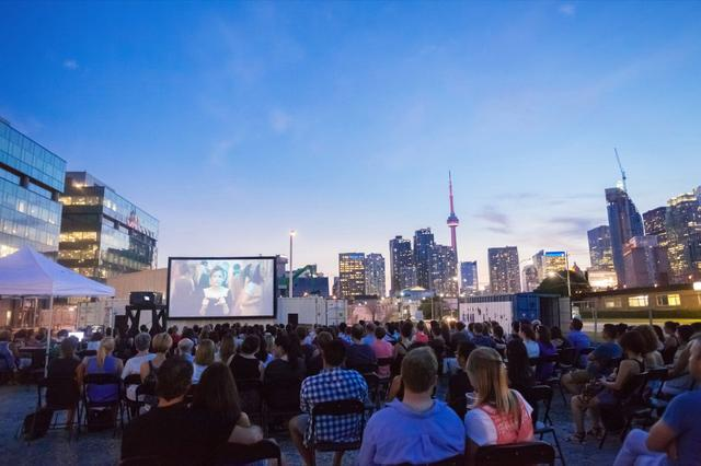 FREE OUTDOOR MOVIES NEAR ST.LAWRENCE MARKET THIS SUMMER