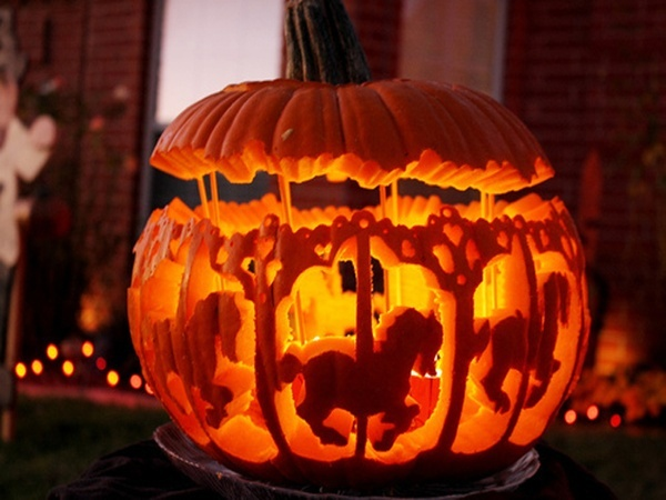 Join our Annual Halloween Pumpkin Parade
